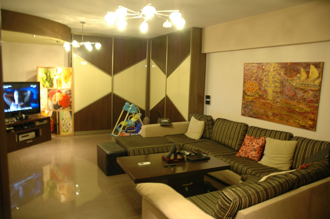 Flat at Area of Molos Park